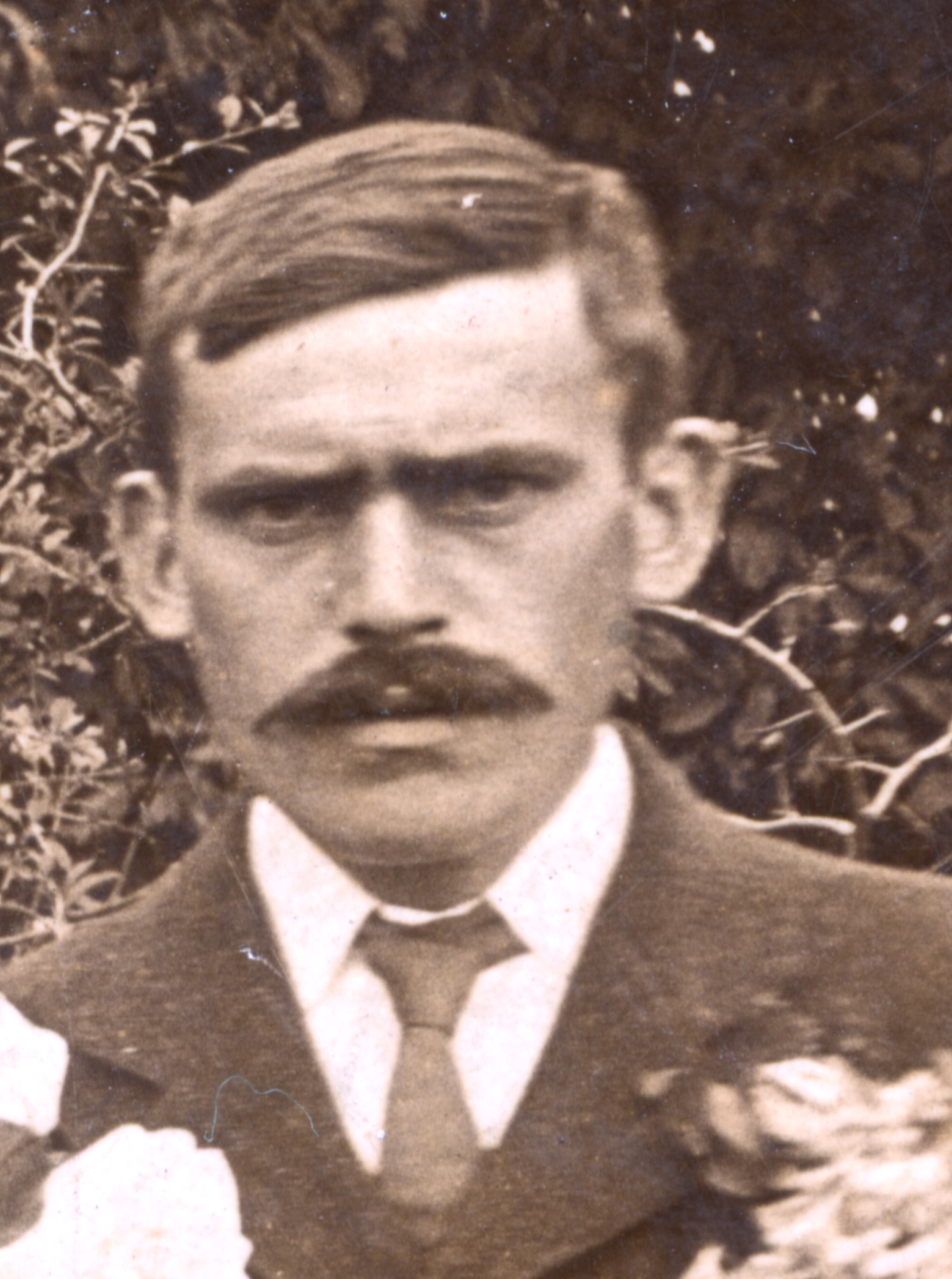 Ernest at his sister's wedding prior to the outbreak of WW1